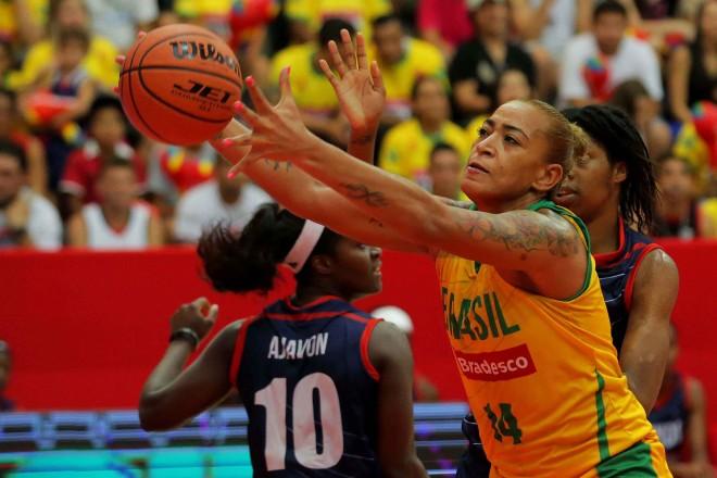 """A """"nova"""" reforço do América de Recife disputou as duas edições do Desafio das Estrelas da LBF e terminou os dois duelos com vitória (Divulgação/Inovafoto)"""
