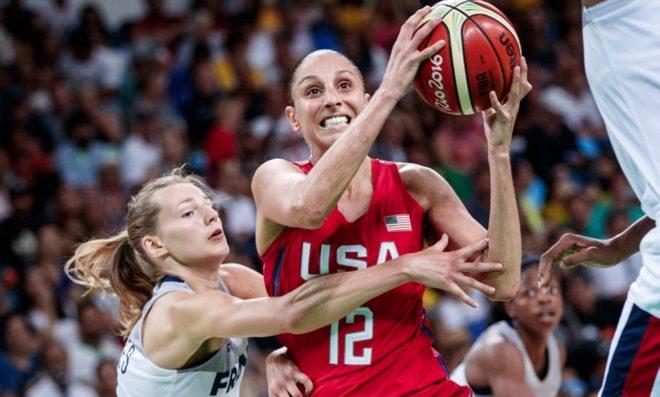 Com muito suor e empenho diante de uma França aguerrida, o Estados Unidos conquistou vaga para decisão dos Jogos Olímpicos Rio 2016 (Divulgação/FIBA)