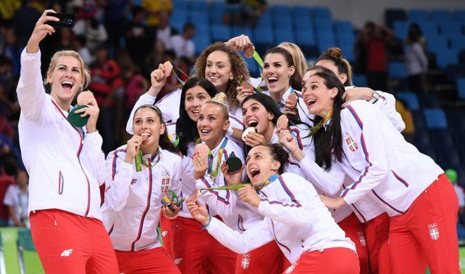 Com bela campanha durante o Rio 2016, a Sérvia terminou com a histórica conquista da medalha de bronze (Divulgação/FIBA)